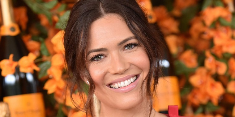 Mandy Moore shared throwback pics from 2001 on Instagram.