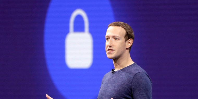Image: Facebook CEO Mark Zuckerberg makes the keynote speech