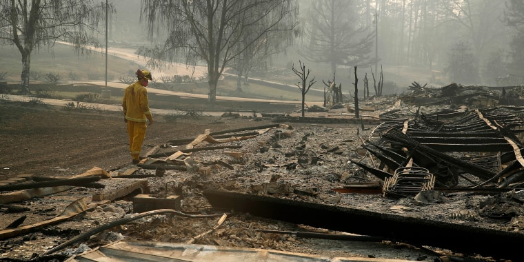 Families search for loved ones, closure after Paradise wildfire