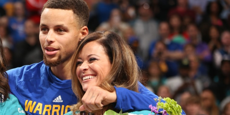 Steph Curry's mom reveals what it's like to raise an NBA superstar