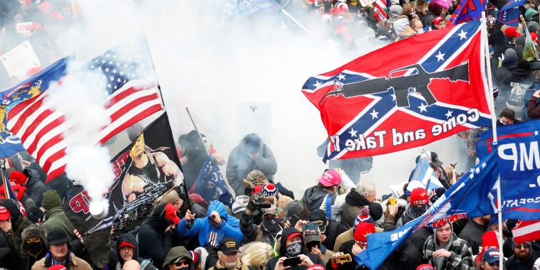 Image: Capitol riot mob