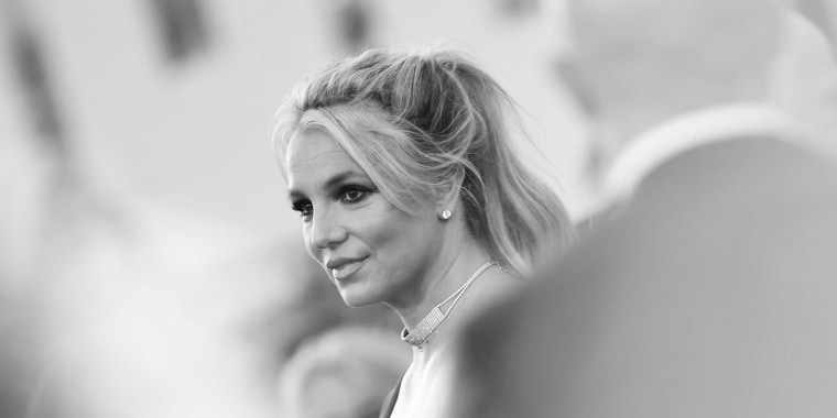 Image: Britney Spears arrives for a movie premiere in Hollywood
