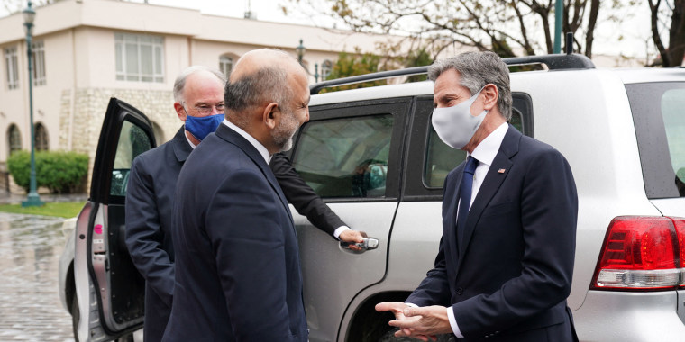 Image: Secretary Antony Blinken meeting Afghan President Ashraf Ghani in Kabul, Afghanistan, on April 15, 2021.