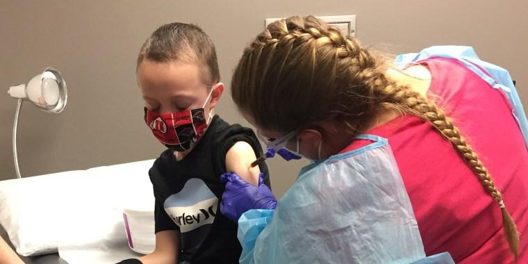 Image: Jackson Sweeten gets his COVID-19 vaccine