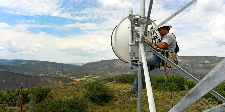 Image: Broadband in rural areas in Meeker, Colorado