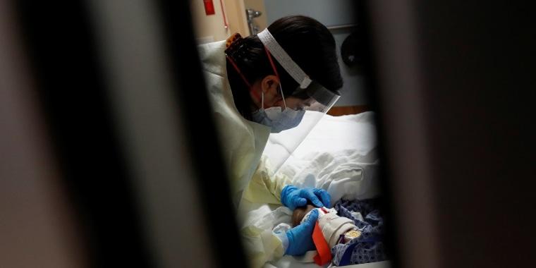 Image: COVID intensive care unit (ICU) at Sarasota Memorial Hospital in Sarasota, Florida