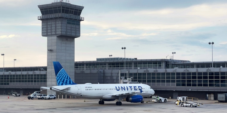 Image: A United Airlines Airbus 320-232 at Dulles Washington International Airport in Dulles, Va., on Aug. 14, 2021.