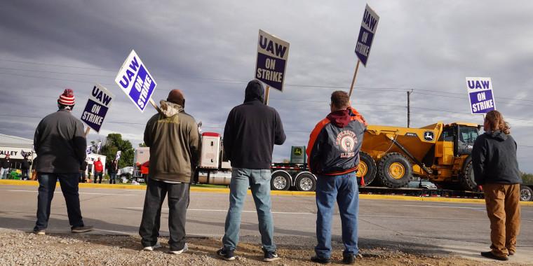 John Deere Workers Strike Over Contract