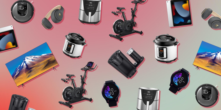 Illustration of multiple products from Best Buy on sale on Black Friday