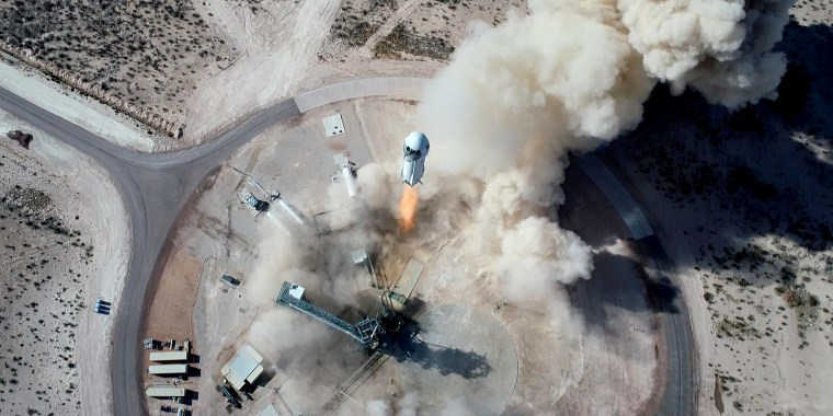 New Shepard NS-14 lifts off from Launch Site One in West Texas on Jan. 14, 2021.