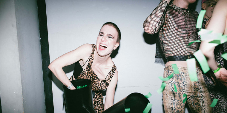 Image: LVBZ lesbian party in Moscow