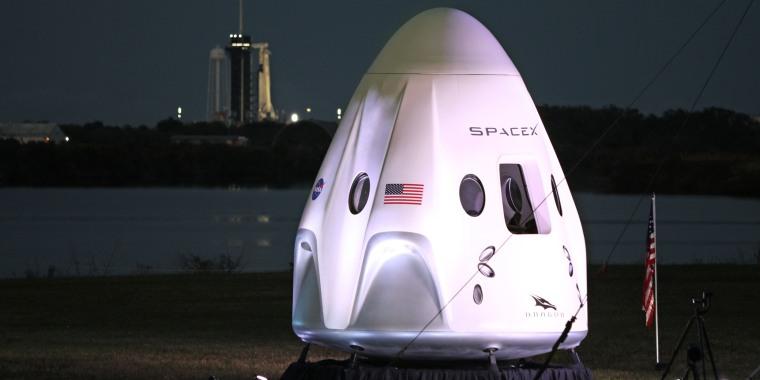 Image: SpaceX Crew-1 spacecraft