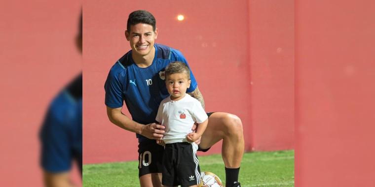 James Rodríguez con su hijo Samuel