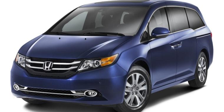 honda minivan comes with a built in vacuum. Black Bedroom Furniture Sets. Home Design Ideas