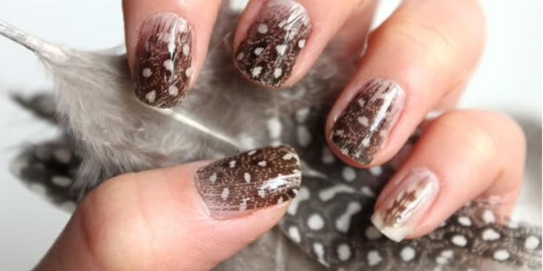 Thanksgiving nail art 13 festive fall manicure tutorials dress up your hands for thanksgiving with 13 fun fall nail art ideas prinsesfo Image collections
