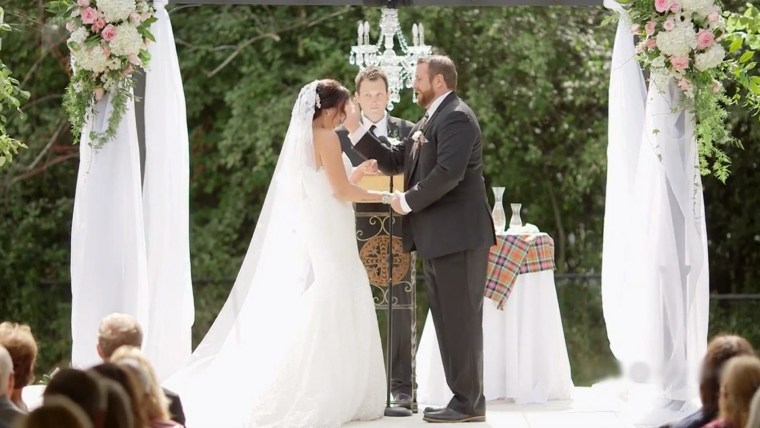 groom slaps bride cake