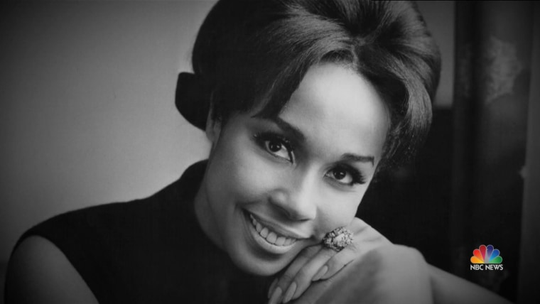 Diahann Carroll First Black Woman To Star In Nonservant Role In Tv Series Dies At 84