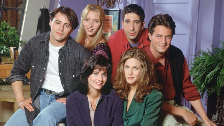 Women of 'Friends' reunite in cute pics: 'Hi from the girls across the hall'