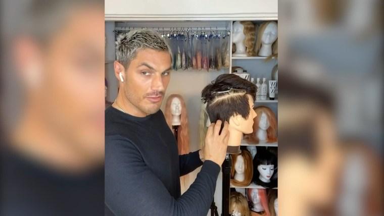 A Haircut This Virtual Barber