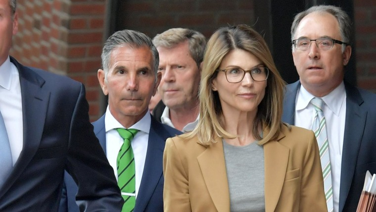 Lori Loughlin, husband to plead guilty in college admissions scandal, agree to serve prison time - NBC News