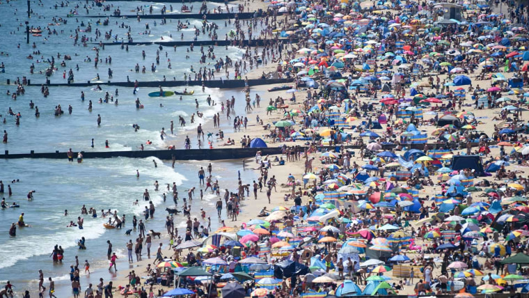 Americans not welcome: E.U. bars U.S. travelers over coronavirus 1