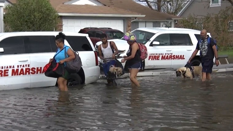 """Residents trapped in LaPlace, Louisiana ask for help: """"Please help me"""""""