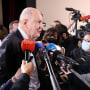 El presidente de la comisión, Jean-Marc Sauve, habló con la prensa durante la presentación del informe.