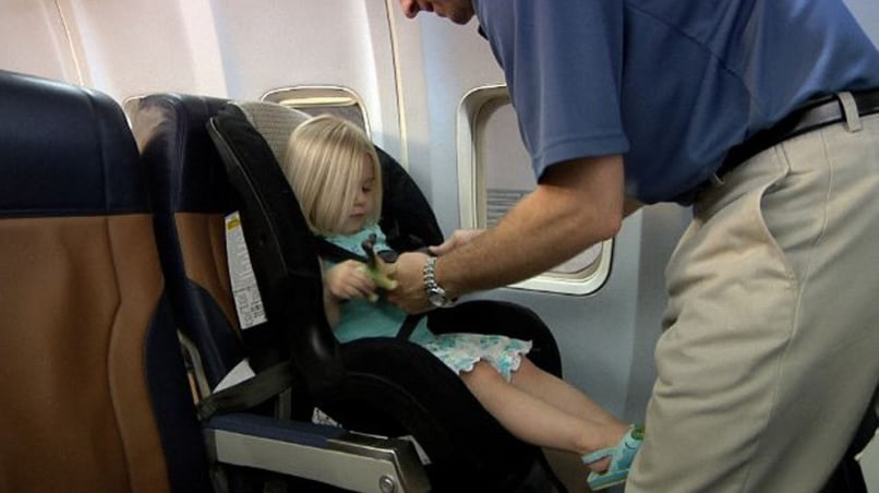Image: Young child in restraint seat