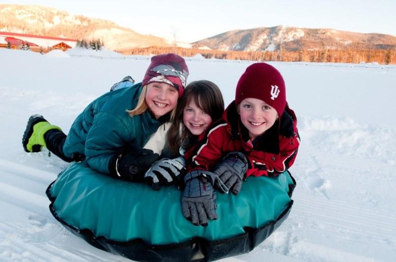 Image: KIDS IN SNOW