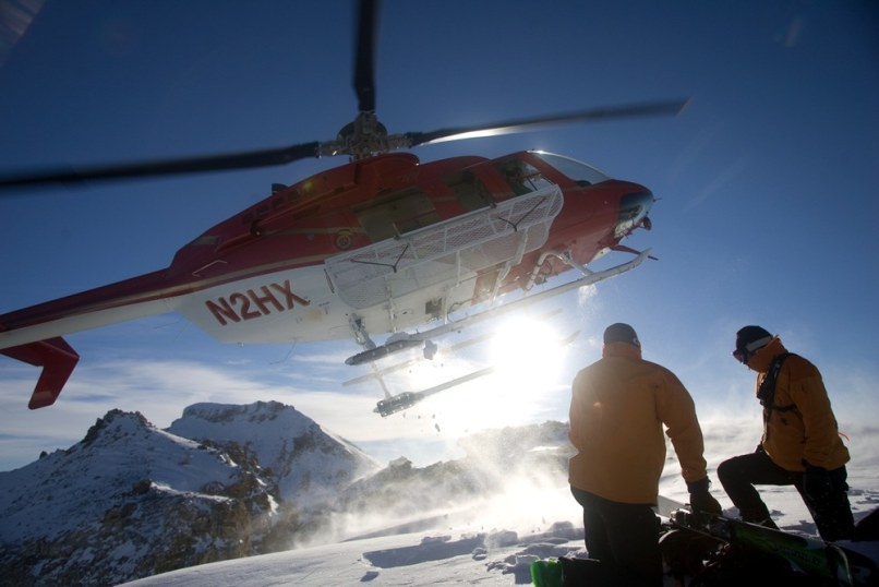 Image: Helicopter and skiers