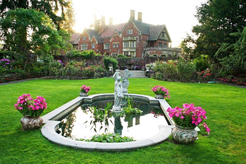 Image: Thornewood Castle