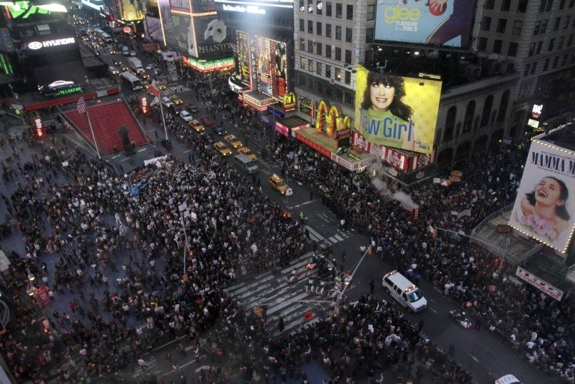 Image: Protesters fill Times Square in New York