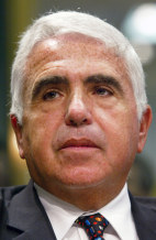 FILE PHOTO Karmazin To Resign Post At Viacom