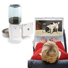 Image: Remote pet feeder