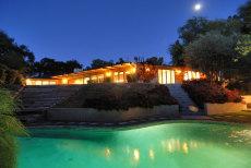 Image: Upscale home