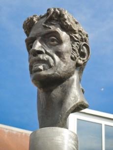 Image: Frank Zappa statue in Baltimore