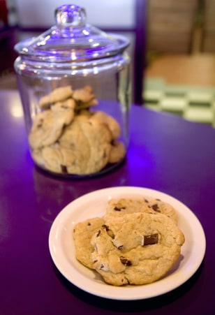 Image: A plate of chocolate-chunk cookies sit out on the counter at Baby Boomers Cafe