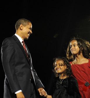 Image: Barack Obama, Sasha Obama, Malia Obama