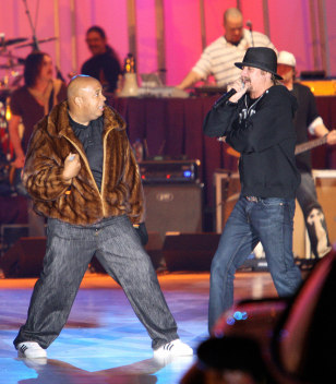 Image: Kid Rock and Joseph 'Run' Simmons