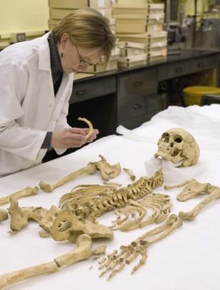 Image: Smithsonian forensic anthropologist Karin Bruwelheide