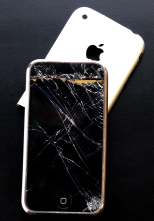 Image: Damaged iPhone