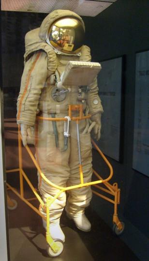 Image: Soviet moonsuit