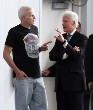 Image: Stephen Bing, left, and Bill Clinton