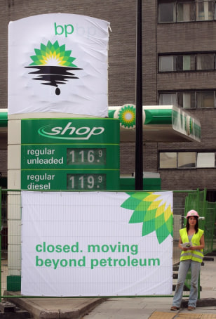 Image: Greenpeace Close BP Petrol Stations In Oil Spill Protests
