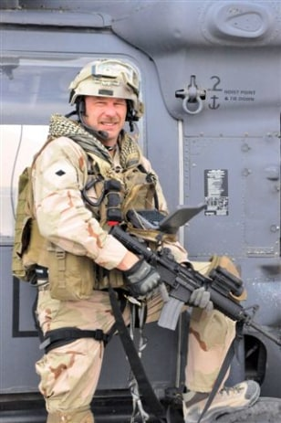 Image: Pararescue jumper with gear