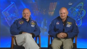 Image: Scott Kelly and Mark Kelly