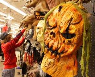 Image: Halloween costumes