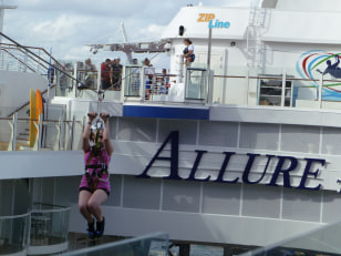 Image: Allure of the Seas' zipline