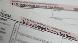 Image: U.S. 1040A Individual Income Tax form