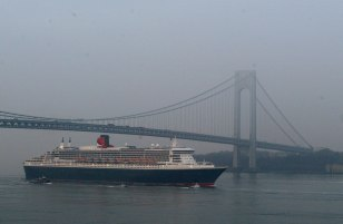 Image: Cunard's Queen Mary 2